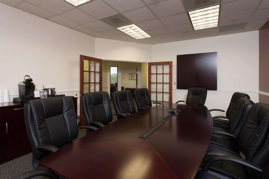 9800 4th St N Saint Petersburg-large-011-Conference Room-1500x1000-72dpi